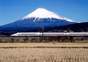 shinkansen-700.jpg