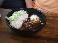 6/9 昼食 豚トロ黒カレー(半熟玉子)