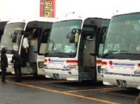 6/24 ツアーのバスがいっぱい