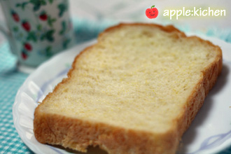 コーンミール食パン