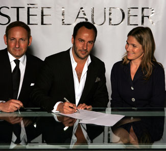 estee_lauder_with_tom_ford060616.jpg