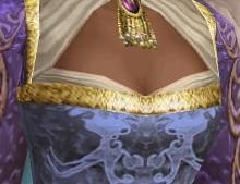 シマさ胸元
