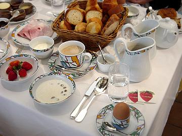 世界一の朝食(一人前)-グルメレポーター修行の日々-