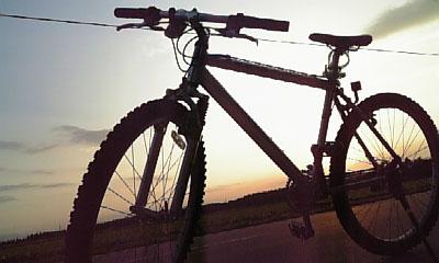 bike_with_sun.jpg