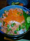 小作_鮭いくら丼