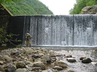 荷暮の堰堤
