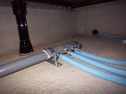 ステンレス配管のヘッダ方式