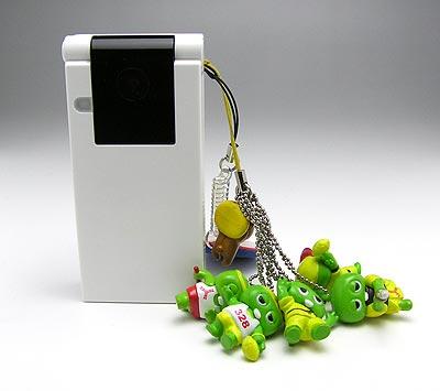 コンビニ小物_ガチャピン携帯
