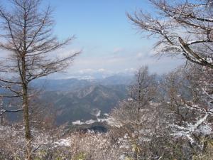 20070203山頂から蒜山を臨む