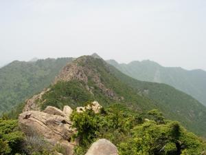 20070527山頂から西赤石山方面