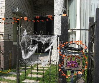ハロウィンの飾りつけ 玄関