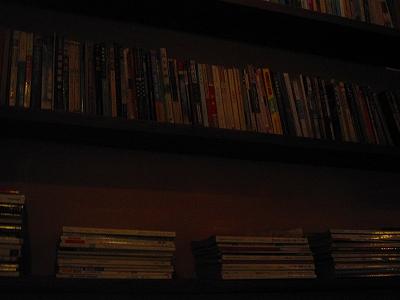 カフェの本棚