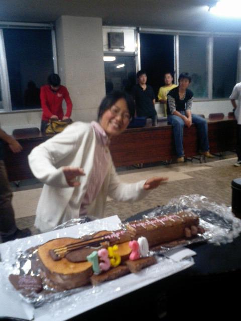 ケーキとナミコ