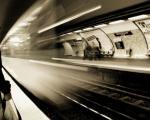 休日の地下鉄
