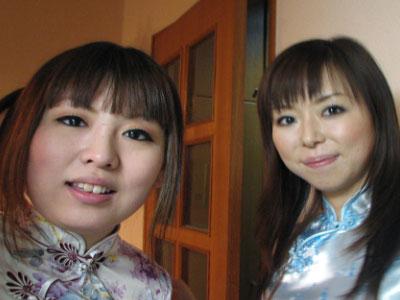 moreofbargirls01.jpg
