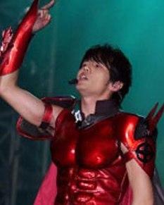 赤筋肉スーツ