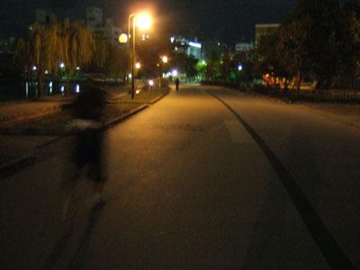 真夜中の公園