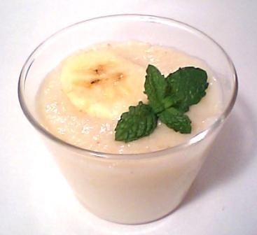 バナナと牛乳のプリン風ゼリー。