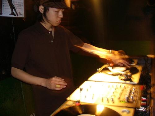 DJ ZUMI