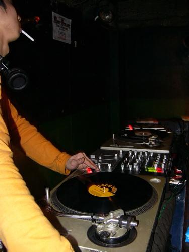 DJ SAWA