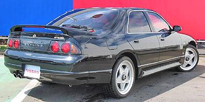 日産R33スカイラインGTStタイプM 4ドア リア