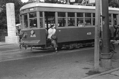 1953minatogawajinnjya.jpg