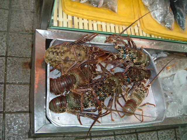公設市場魚