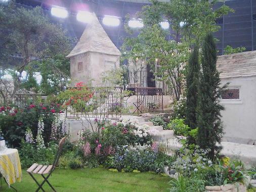 シャトーの花の庭