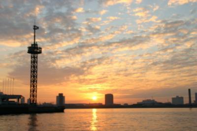 東京湾の朝04