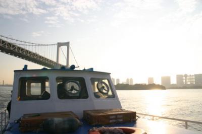 東京湾の朝11