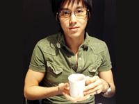 member_05.jpg