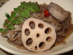 レンコンとこんにゃくのピリ辛煮