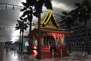 バンコク空港オブジェ