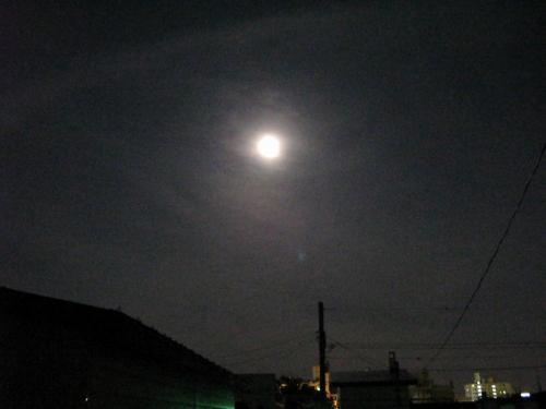 月って明るい~~