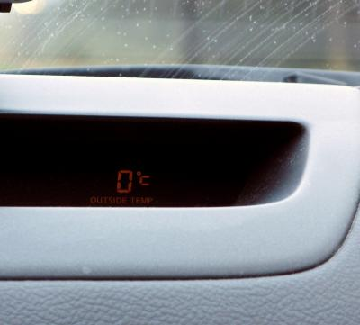 冗談じゃないこの気温。。