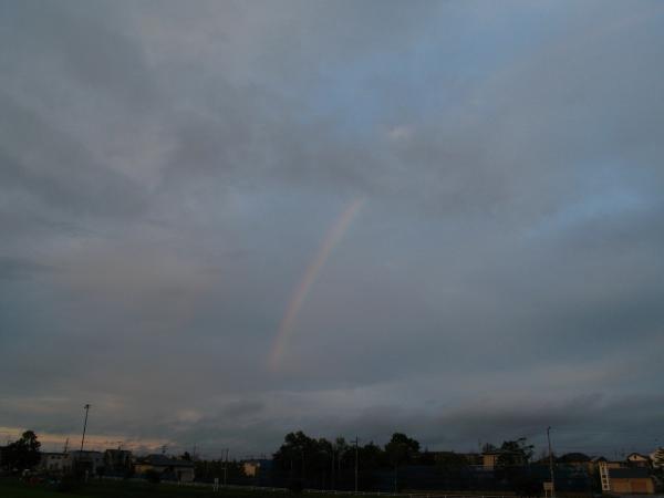 雲と虹。。。