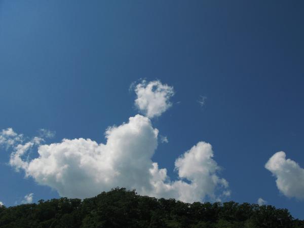 まだ夏の空。。
