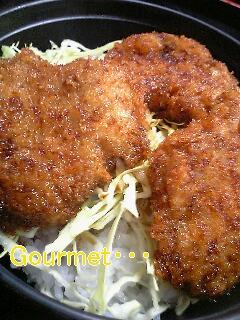 ヒレ肉の名代!ソースカツ丼♪