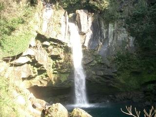 犬飼の滝(2007年1月2日撮影)