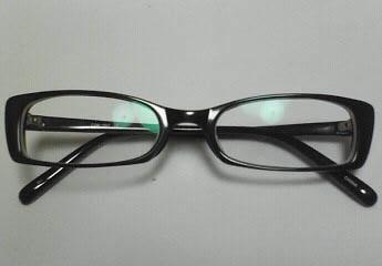 今のメガネ