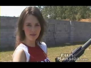hot_women_big_guns_video.wmv_000091766.jpg
