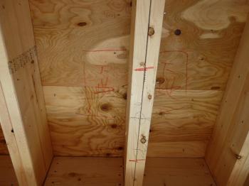 天井スピーカー設置場所