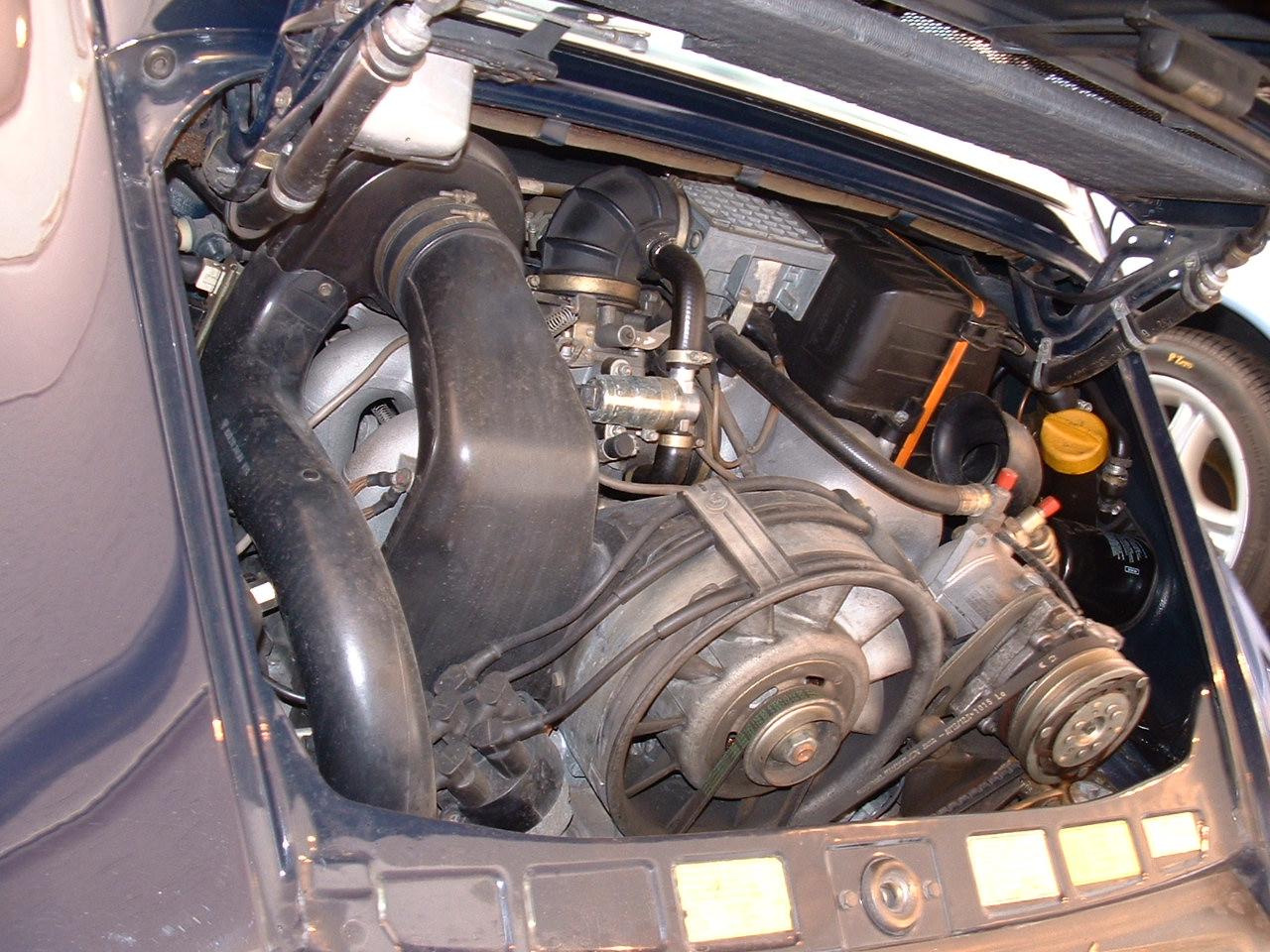930ターボルックのエンジン