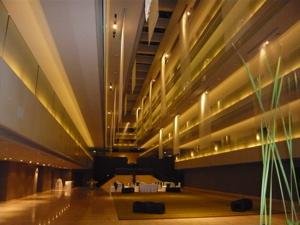 スイスホテルロビー