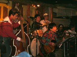 Mooney&His Lucky Rhythm