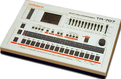 Roland TR707